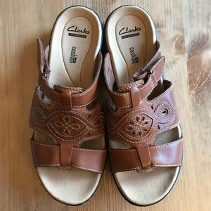 Clarks Collection Soft Cushion Size 8 Sandals